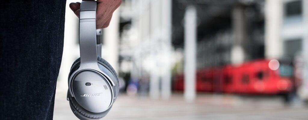 best headphones under 30000