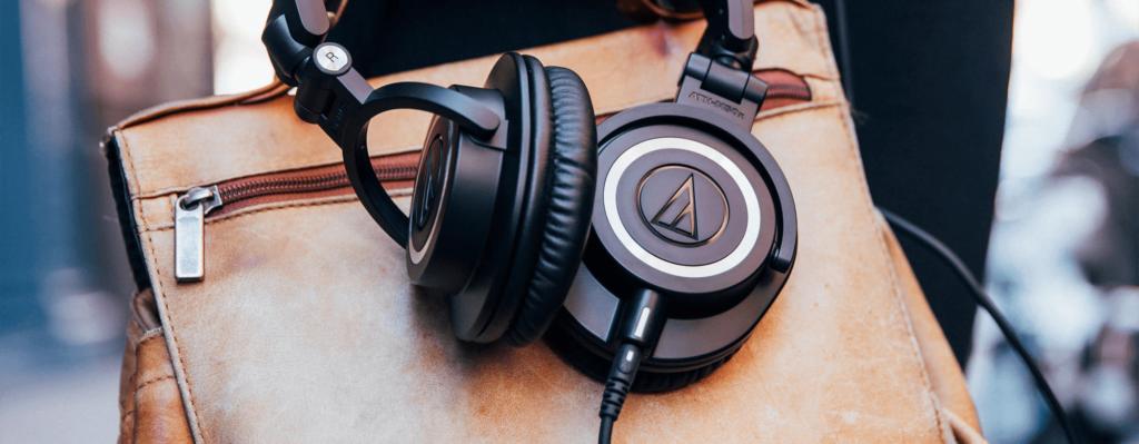 best wired headphones under 10000